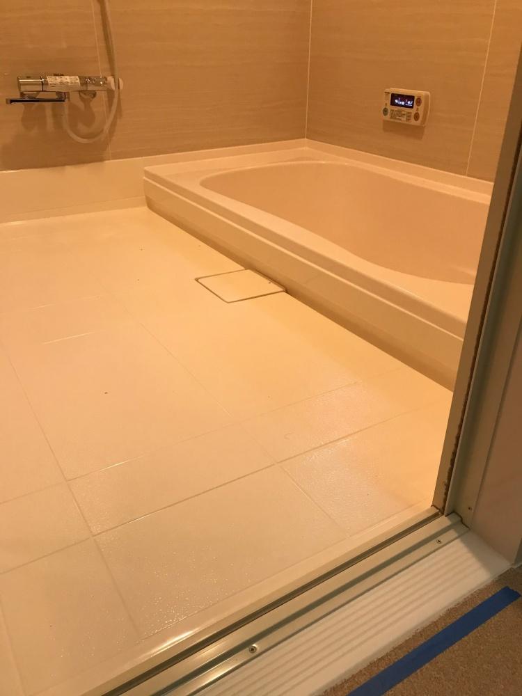 2020 洗い場・浴槽差 15cm